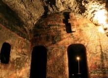 Biserica din peşteră